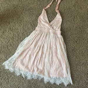 Dresses & Skirts - 🌸Sexy Sun Dress🌸🌸